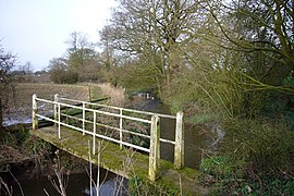 Footbridge - geograph.org.uk - 358099.jpg