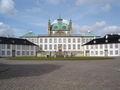Fredensborg Slot front.jpg