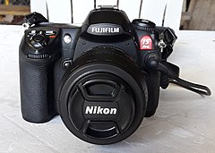 Fujifilm Finepix IS Pro.jpg