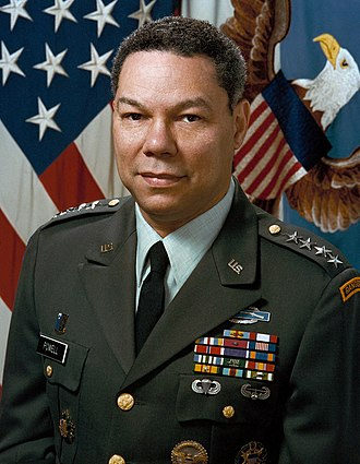 Colin Powell - Powell in November 1989, on his official Chairman of the Joint Chiefs of Staff portrait.