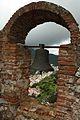 Gaucin, Castillo del Águila, arco con campana.jpg