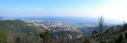 Genova - Panorama da Righi.JPG