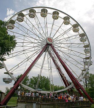 Adventureland (Iowa) - Giant Sky Wheel