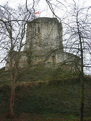 Gisors - Image: Gisors tour chateau