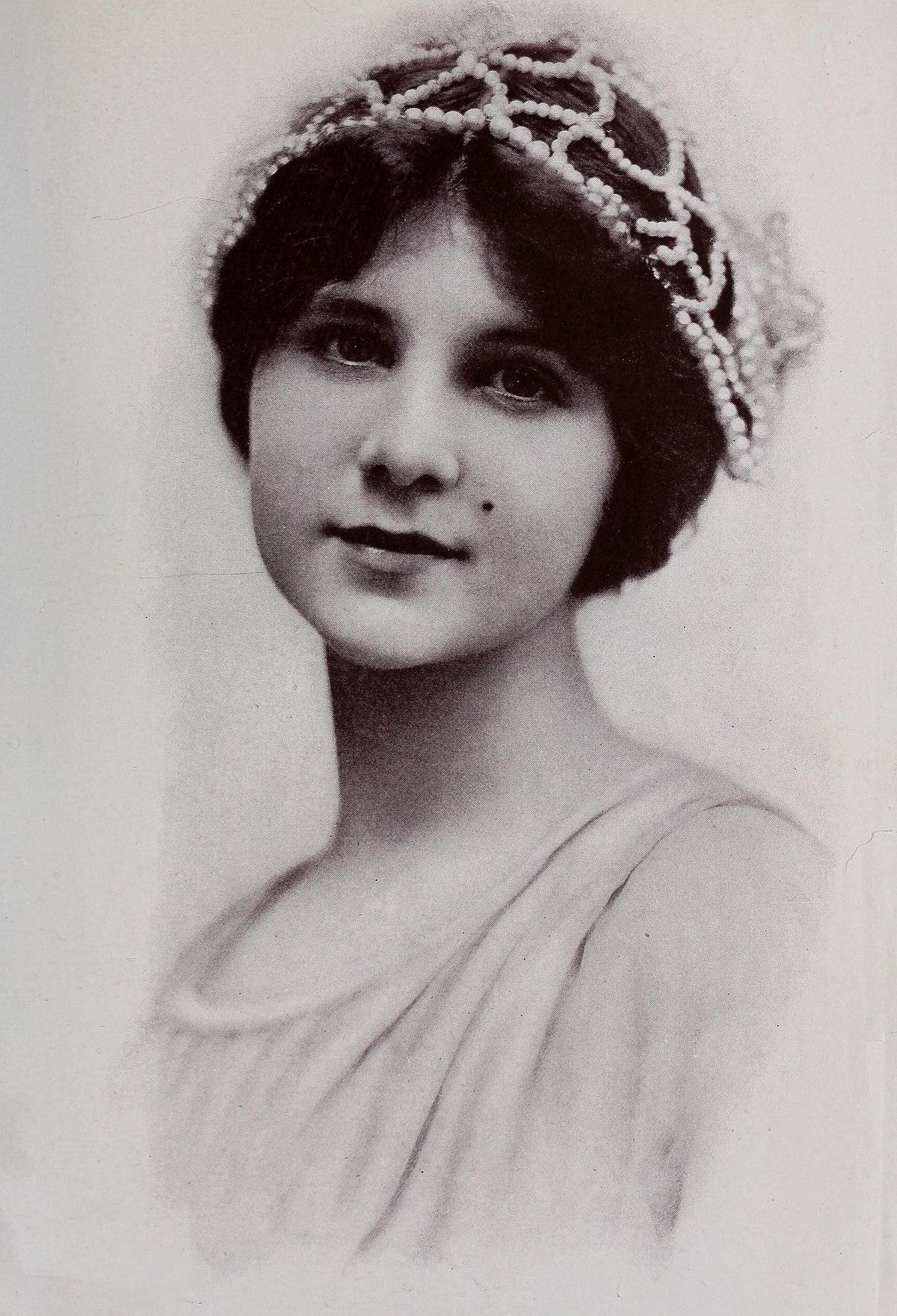 Gladys Hulette Wikipedia
