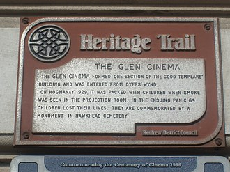 Glen Cinema disaster - The plaque added by Renfrewshire Council