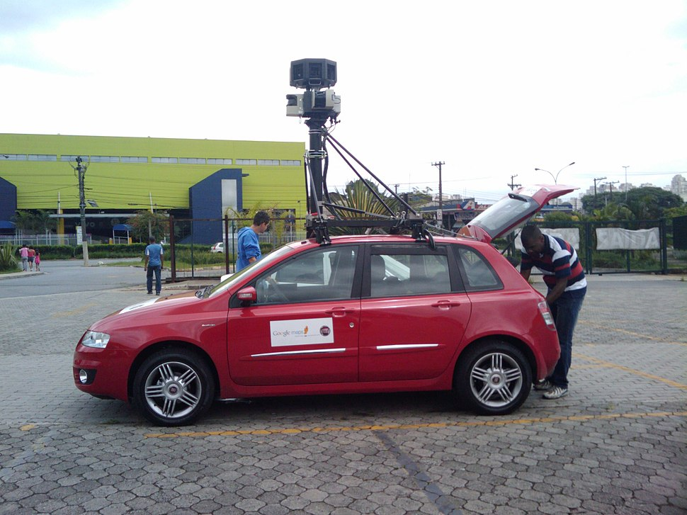 Google Street View Car in Villa-Lobos Park in São Paulo