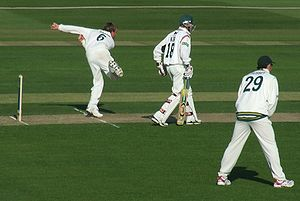 Graeme Swann - Swann bowling for Nottinghamshire against Leicestershire in 2007
