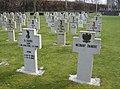 Graven Pools militair ereveld Breda - overzicht 1.JPG