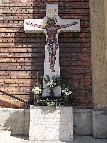File:Greek Catholic Church, crucifix, Rózsák Square, 2016 Budapest.jpg