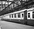 Gresley buffet car at Glasgow Central - geograph.org.uk - 1439655.jpg