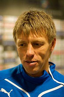 Gunnar Halle Norwegian footballer and manager