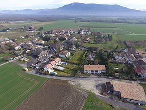 Gy, Switzerland - Image: Gy GE aerial 1