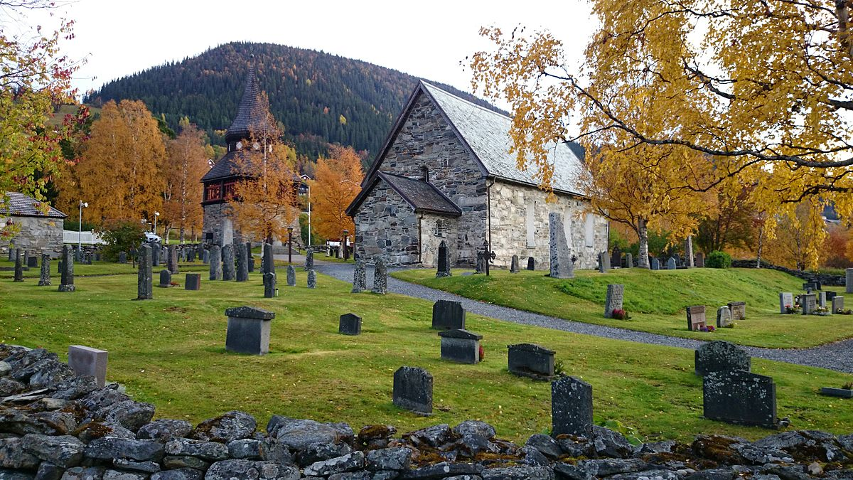 Vinkalkar stulna ur kyrka