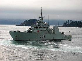 NCSM Yellowknife (MM 706) — Wikipédia