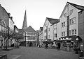 Hattingen Untermarkt mit Altem Rathaus SW.jpg