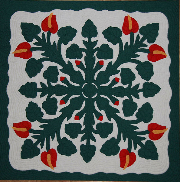 File:Hawaiian Applique Quilt 2.jpg