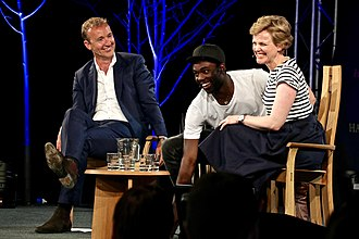 Maxine Peake - Peake (right) with Jerry Brotton and Paapa Essiedu at the 2016 Hay Festival