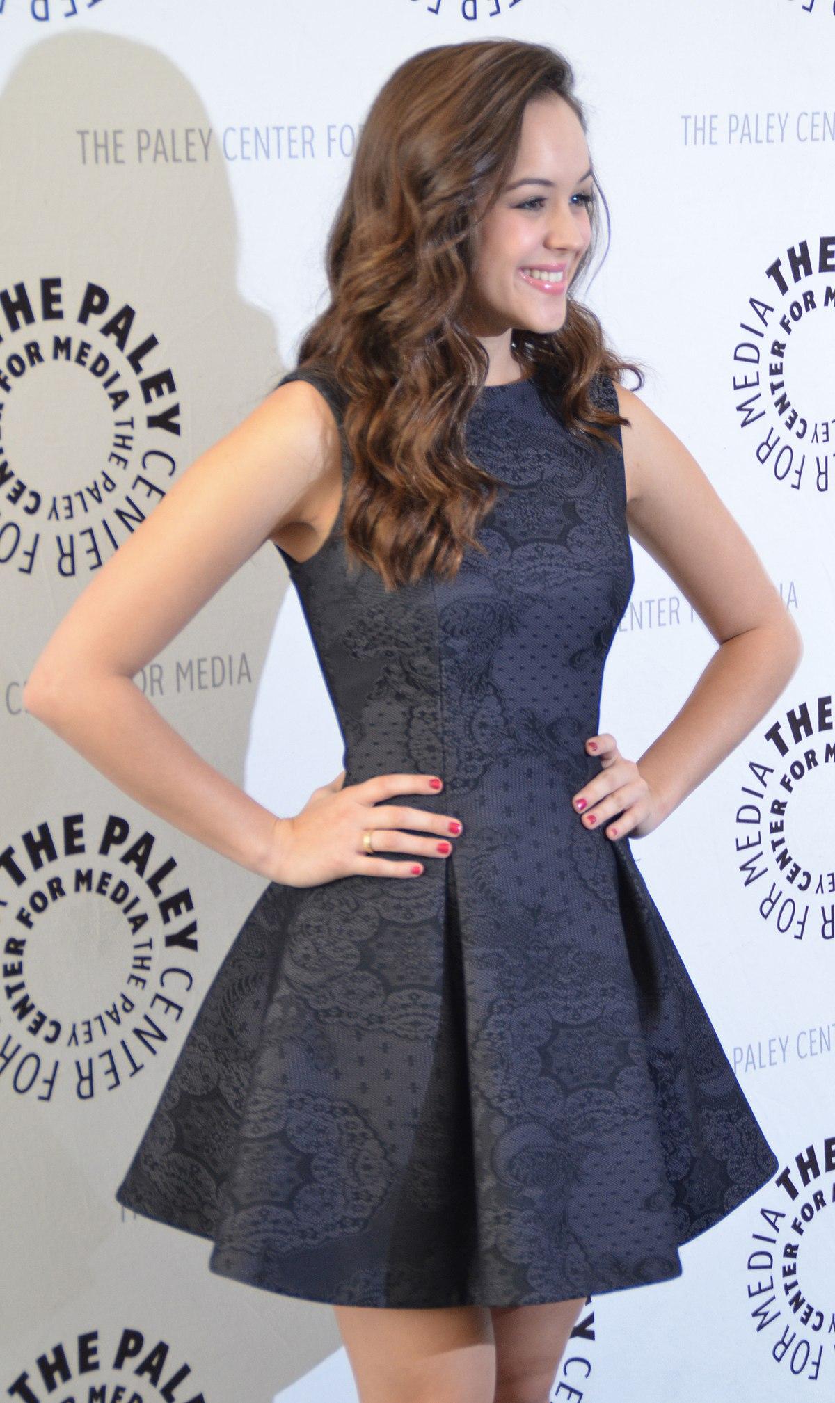Hayley Orrantia - Wikipedia