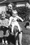 Helen Rysiu Stasiu ca 1957.jpg