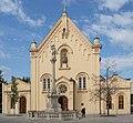 Heliga kung stefans kyrka i Bratislava, exteriör.jpg