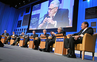 Lloyd Blankfein - Blankfein and Henry Kissinger at the Annual Meeting of the World Economic Forum in Davos, January 2008