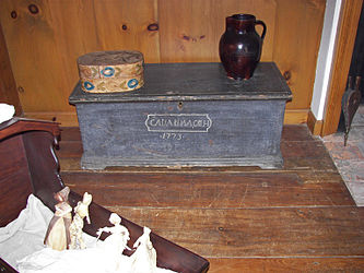 Herkimer House 1773 trunk.jpg