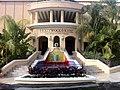 Hollywood Hotel - Exterior - Fountain Entrance.jpg
