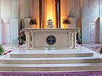 Holy Cross Church altar (Garrett Park, Maryland).JPG