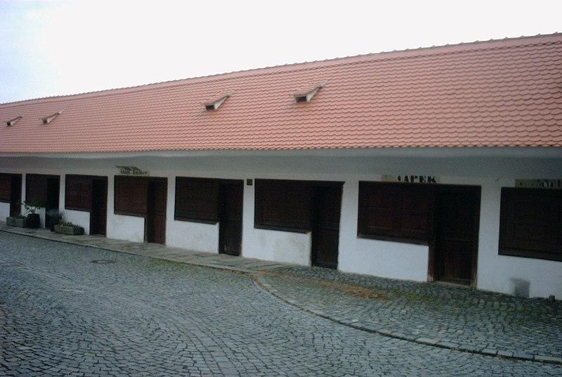 Soubor:Horažďovice - masné krámy.jpg