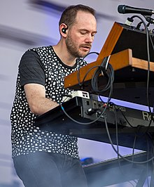 Iain Cook of Chvrches performing in Austin, Texas, 2014.jpg