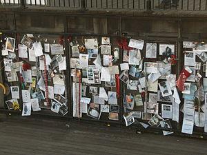 Ianto Jones - Image: Ianto Jones memorial at Mermaid Quay