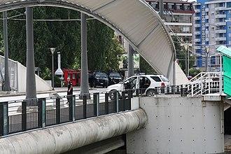 North Kosovo crisis - Kosovo police and Italian Carabinieri near the Ibar River Bridge on the Kosovo Albanian side.