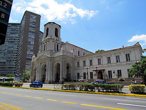 Iglesia de la Divina Providencia - Avenida Providencia