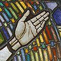 Interieur. Detail glas-in-loodraam van Toorop bij glasatelier Wiegen, Nijmegen - Nijmegen - 20337458 - RCE.jpg