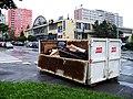 Jahodová - Topolová, kontejner na objemný odpad, Centrum Zahradní Město.jpg