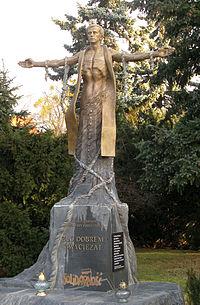 Jerzy Popieluszko monument in Torun2