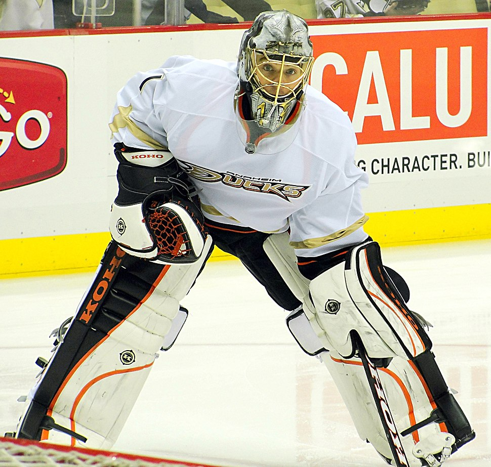 Jonas Hiller Ducks 2012-02-15
