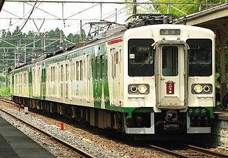 107 series - Image: Jr nikko line 107 0