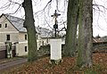 Kříž na rozcestí u domu 51 v Bosyni (Q104873390).jpg