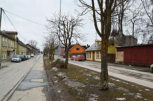 Karlova, Tartu - Image: Karlova, Kesk tn varakevadel