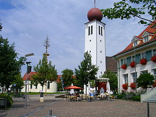 Kressbronn church and chapell.jpg