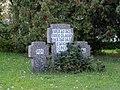 Kriegerdenkmal Zweiter WK 1a Uebigau.jpg