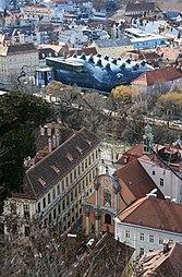 Kunsthaus Graz, Dreifaltigkeitskirche 2012.jpg