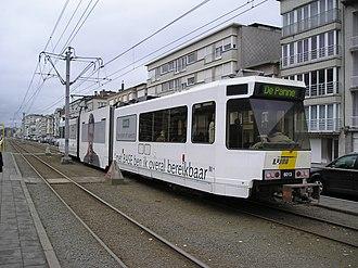 Coast Tram (Belgium) - Image: Kusttram Henegouwenstraat