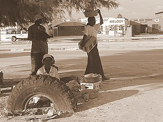 Kwekwe - A scene close to the bus terminus in Kwekwe, 2006