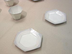 Hakuji - Hakuji white porcelain Arita ware hexagonal bowls and dishes, late Edo period to early Meiji era, 1840-1870