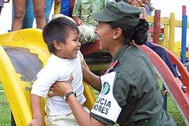 La mujer en la Policía Nacional (5513347125).jpg