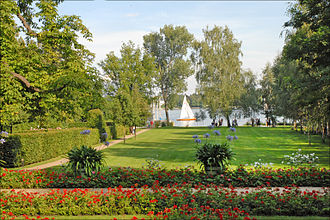 Liebermann Villa - Garden looking out towards Wannsee