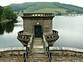 Ladybower Reservoir west-draw off tower - geograph.org.uk - 894063.jpg